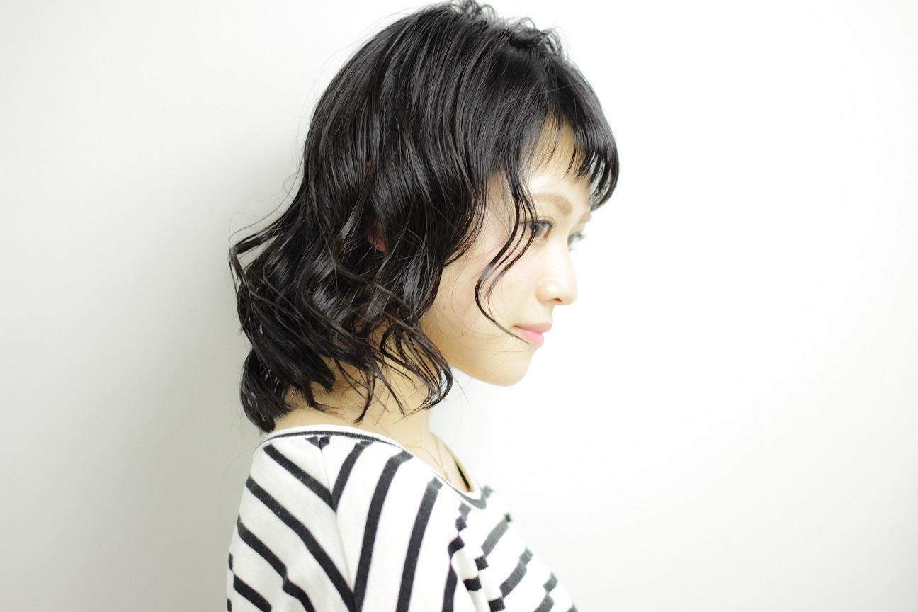 黒髪シースルーバング