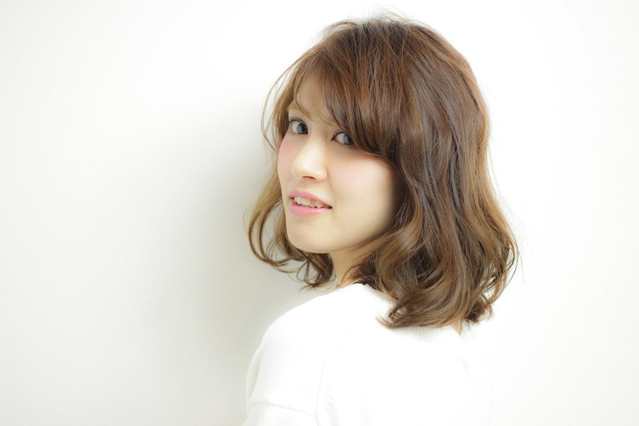 パーマに興味ある方!ほのかに漂う色気と抜け感のバランスを落とし込んだスタイル HAIR 吉永 武司